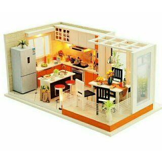 Kèm mica – Mô hình nhà gỗ búp bê dollhouse DIY – K032 Bếp hiện đại