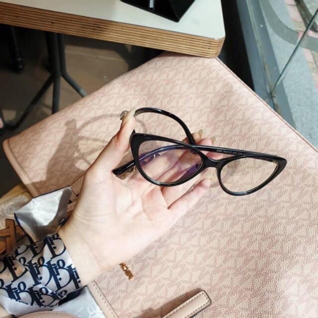 Kính Cận - gọng kính cận thời trang + mắt cận lắp theo yêu cầu