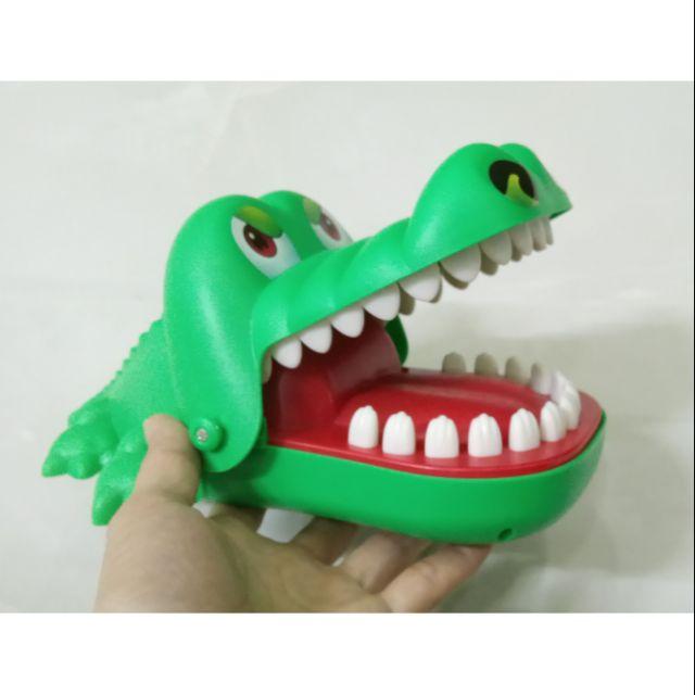 Khám Răng Cá Sấu (Loại To Nhất)