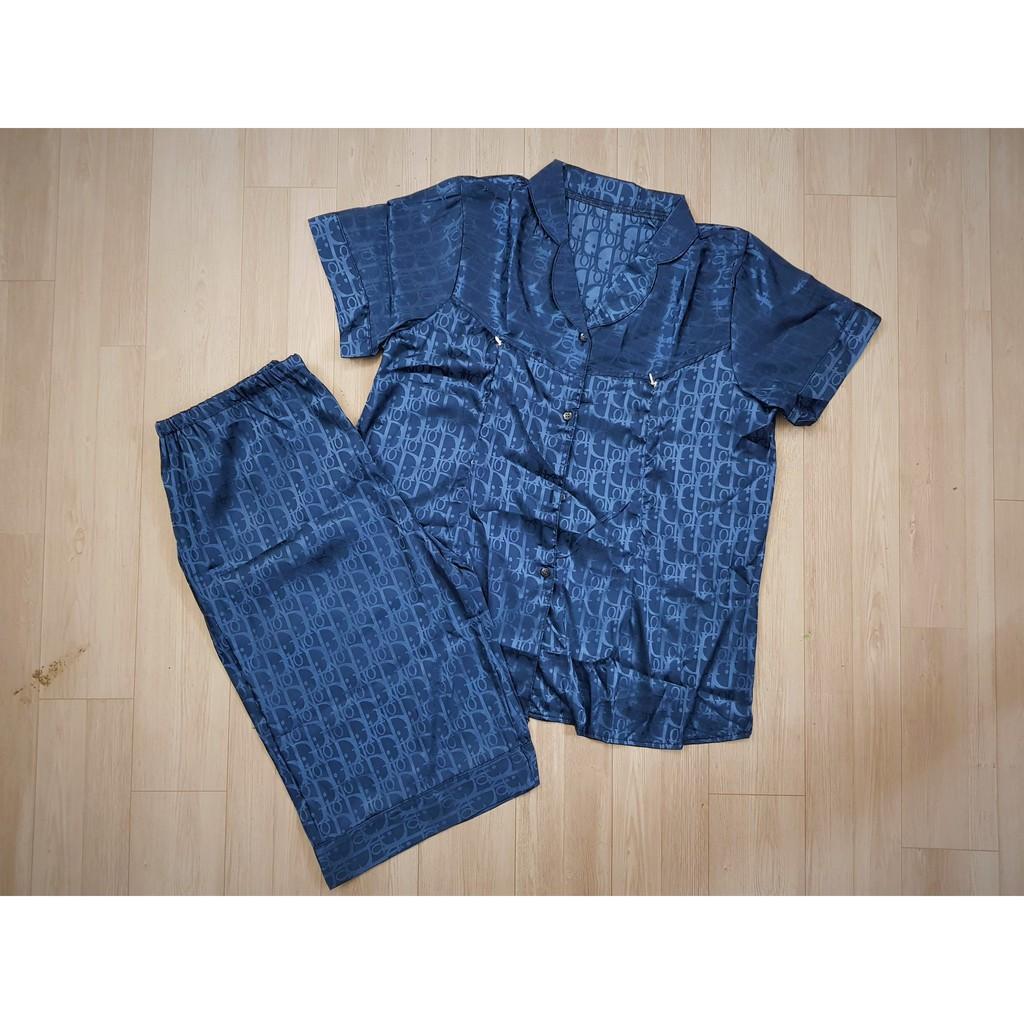 Mặc gì đẹp: Mát mẻ với Bộ Pijama Bầu và Sau Sinh lụa gấm mặc 2 chức năng có khóa cho con bú
