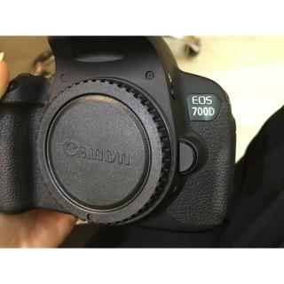 Máy ảnh canon 700D kèm kít 18-55mm is STM đẹp như mới