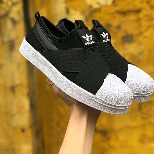 Giày Adidas slip on mũi sò quai chéo màu đen trắng - 14661187 , 1979278549 , 322_1979278549 , 200000 , Giay-Adidas-slip-on-mui-so-quai-cheo-mau-den-trang-322_1979278549 , shopee.vn , Giày Adidas slip on mũi sò quai chéo màu đen trắng