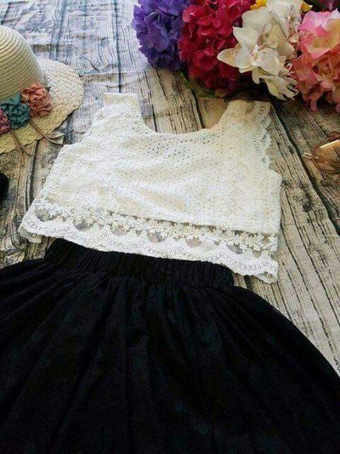 Set váy ren đen trắng