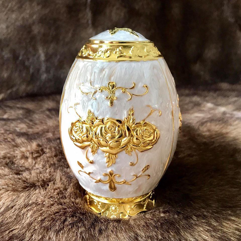 Trứng đựng tăm trắng hợp kim mạ vàng Hoàng Gia Thái Lan Loại Thấp - 3525143 , 795178417 , 322_795178417 , 230000 , Trung-dung-tam-trang-hop-kim-ma-vang-Hoang-Gia-Thai-Lan-Loai-Thap-322_795178417 , shopee.vn , Trứng đựng tăm trắng hợp kim mạ vàng Hoàng Gia Thái Lan Loại Thấp