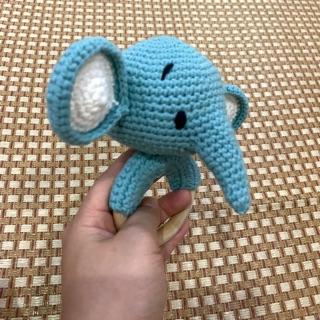 Lục lạc vòi voi dành cho bé
