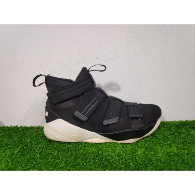 Giày bóng rổ Nike Lebron Soldier 11 size 46