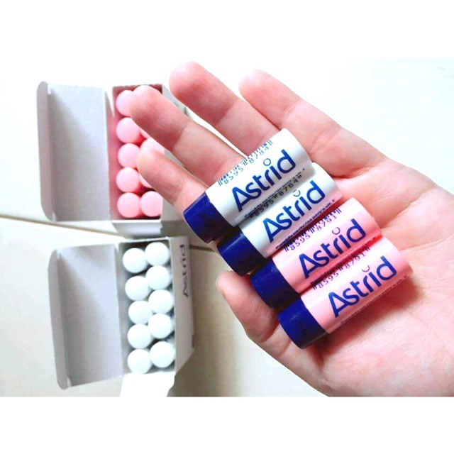 Son dưỡng hưu tái tạo môi Astrid