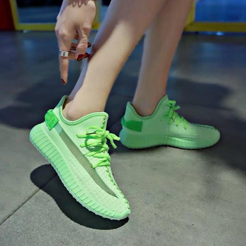 Giày bata nữ sắc màu mq
