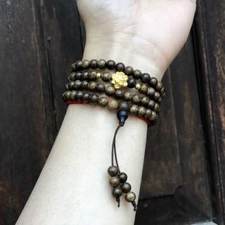 Vòng Tay Trầm Hương phối charm Hoa Sen – mang lại bình an, may mắn