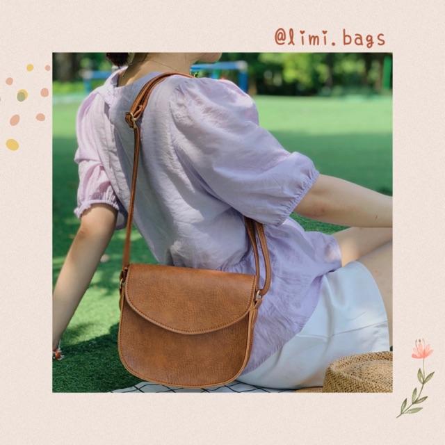 Túi da đeo chéo nữ đi chơi hình bán nguyệt phong cách Hàn Quốc Vintage dễ thương da mềm SANTA Limi Bags
