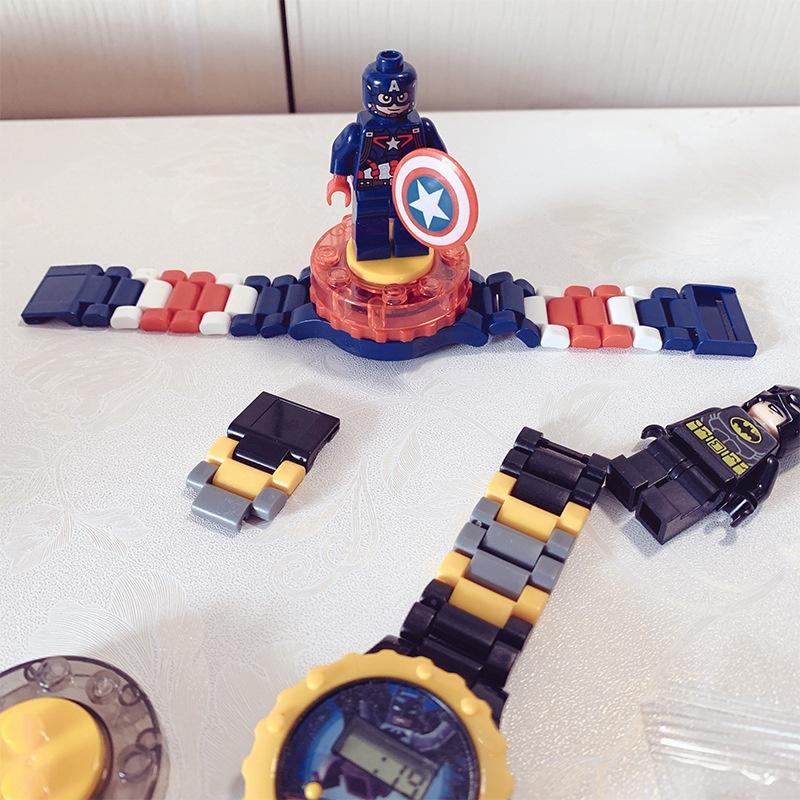 Nơi bán Đồng hồ biến hình siêu nhân cho bé