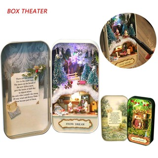 Small tin box with a unique Christmas style design