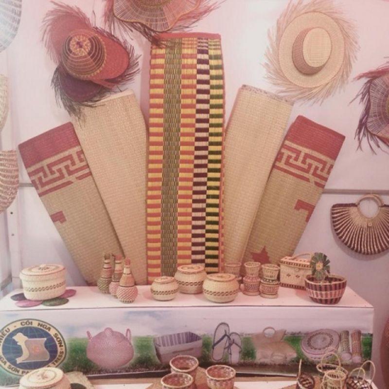 Túi Cói Đan Tay Handmade Đi Biển Du Lịch Thắt Nơ Ren Vintage Đạo Cụ Sống Ảo Sang Chảnh Dịu Dàng Retro