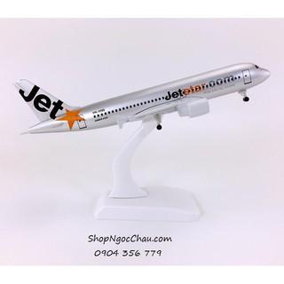Mô hình máy bay tĩnh Airbus A320 Jetstar Pacific 20cm có bánh xe