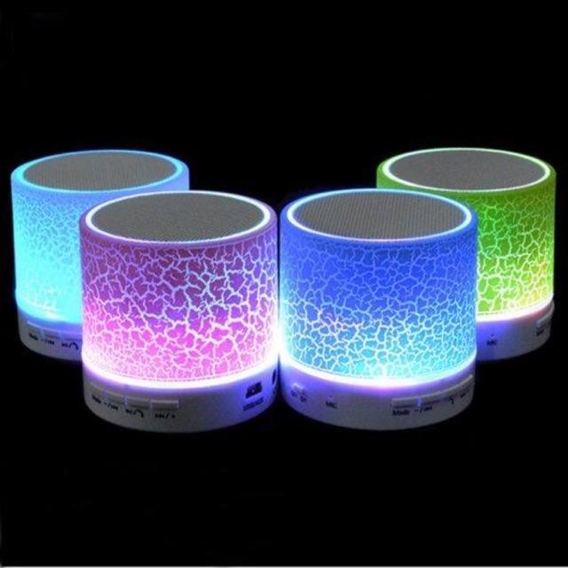 Loa mini Bluetooth HLD-600 có đèn led nháy theo nhạc - 2946068 , 278895614 , 322_278895614 , 65000 , Loa-mini-Bluetooth-HLD-600-co-den-led-nhay-theo-nhac-322_278895614 , shopee.vn , Loa mini Bluetooth HLD-600 có đèn led nháy theo nhạc