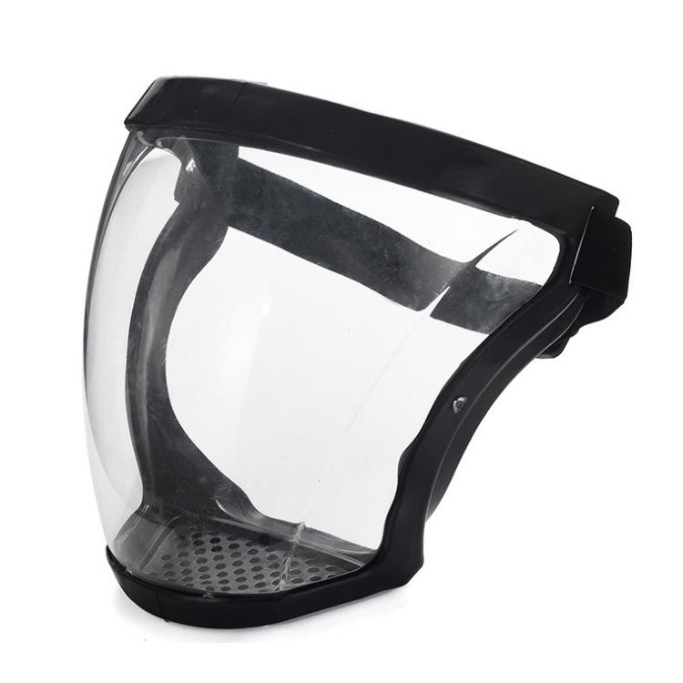 Kính chống giọt bắn cao cấp có dây đeo và lỗ thoát khí, mặt kính cao cấp không bị mờ...
