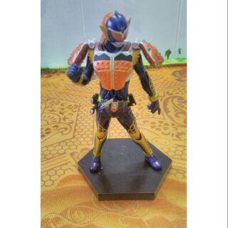 Figure Kamen Riderder Gaim DXF