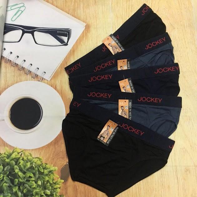 Bộ sản phẩm 4 quần lót nam kiểu tam giác nhãn hiệu Việt Nam!