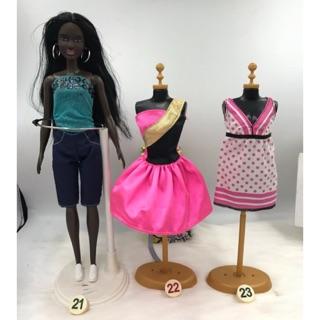 Đồ cá tính cho búp bê barbie. Chân váy cho búp bê barbie