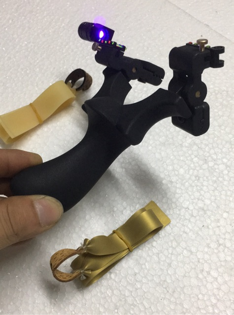 Ná cao su ABS gật gù có đèn UV (2 bộ dây thun)