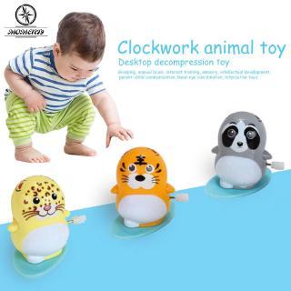 【COD】 Wind-Up Toy Sea Lions Skateboard Sea Lions Desktop Toys Run Slide Clockwork Plastic Antique Funny Animal Gift