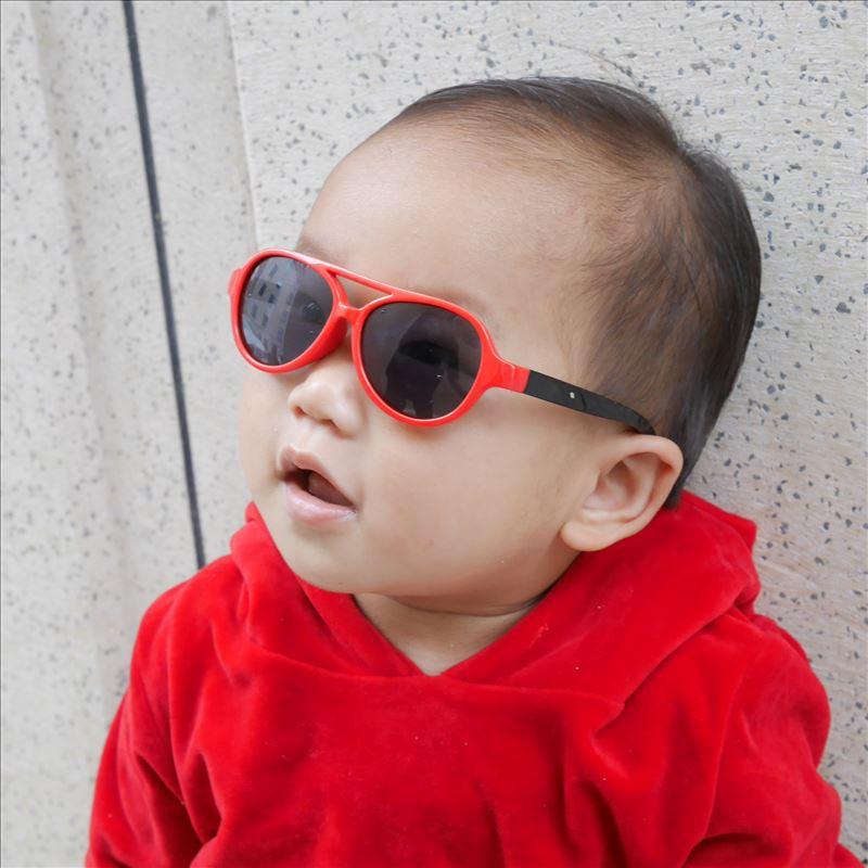 ✑Kính râm cho bé 6 tháng 1- 2 tuổi kính râm bé trai nữ chống nắng gương ếch phân cực...