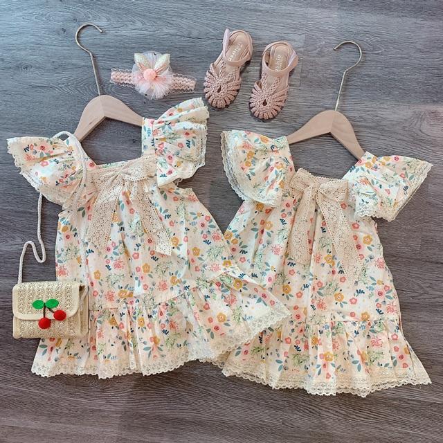Váy hoa nhí viền ren tay cánh tiên