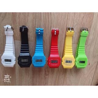 Đồng hồ điện tử unisex dây nhựa CA077 phối theo đồ rất đẹp