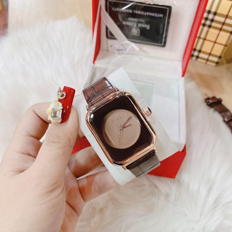 Đồng hồ nữ , đồng hồ guou quai da màu nâu tây lạ độc , sáng tay , thời thượng ( ành và video chụp thật)