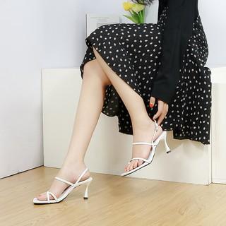 Hình ảnh [Mã FASHIONMALLT4 giảm tới 30K đơn 150K] Giày cao gót Erosska phối dây xỏ ngón cao 7cm màu trắng _ BM004-2
