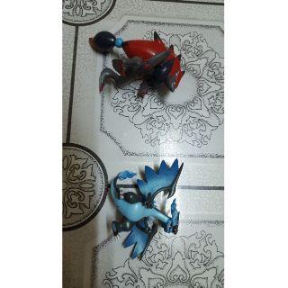 Mô hình trưng bày pokemon set Mega Charizard X và Zoroark