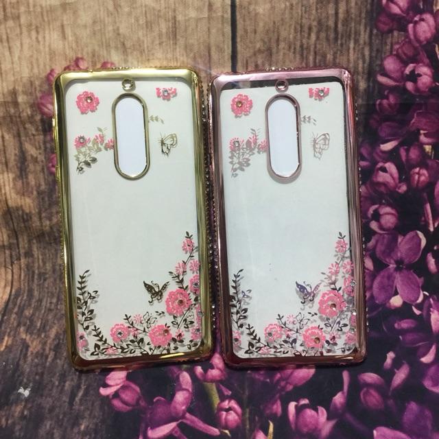Ốp Nokia 5 dẻo viền si đính đá 3 hàng hoa văn 4D cực đẹp - 3175057 , 1022529732 , 322_1022529732 , 46000 , Op-Nokia-5-deo-vien-si-dinh-da-3-hang-hoa-van-4D-cuc-dep-322_1022529732 , shopee.vn , Ốp Nokia 5 dẻo viền si đính đá 3 hàng hoa văn 4D cực đẹp