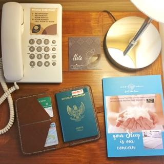 Ví da đựng hộ chiếu thiết kế dễ thương Vỏ bọc hộ chiếu Passport Vỏ bọc hộ chiếu Passport Ví da đựng hộ chiếu thiết kế dễ thương thumbnail
