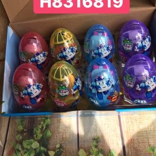 Trứng poli khổng lồ