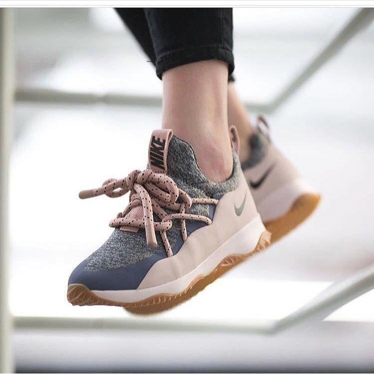 giày nike city loop