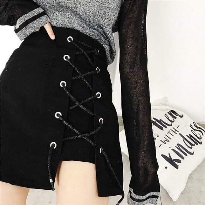 1656788688 - Chân Váy Kaki đen Chữ A Dáng ngắn Váy Thiết Kế Xẻ Quyến Rũ