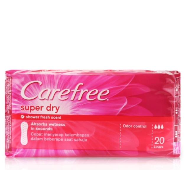 Băng vệ sinh hàng ngày Carefree siêu thấm 20 miếng