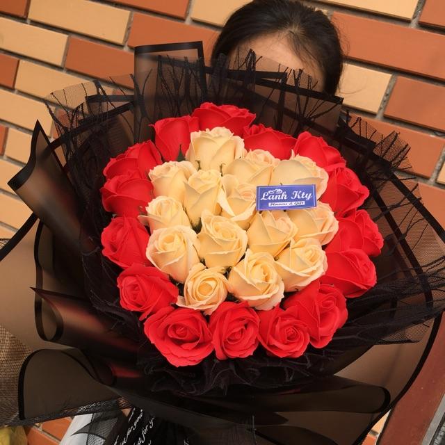 Bó hoa sáp kết tim sỉ 160k lẻ 220k