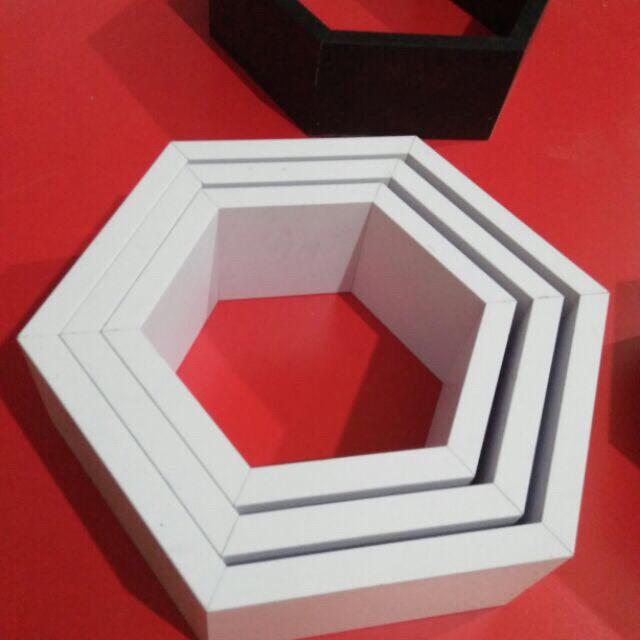 [Tặng kèm 5 hình 3D] Kệ Trang Trí Treo Tường hình lục giác