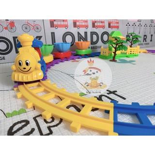 Bộ xếp hình đoàn tàu Toys House