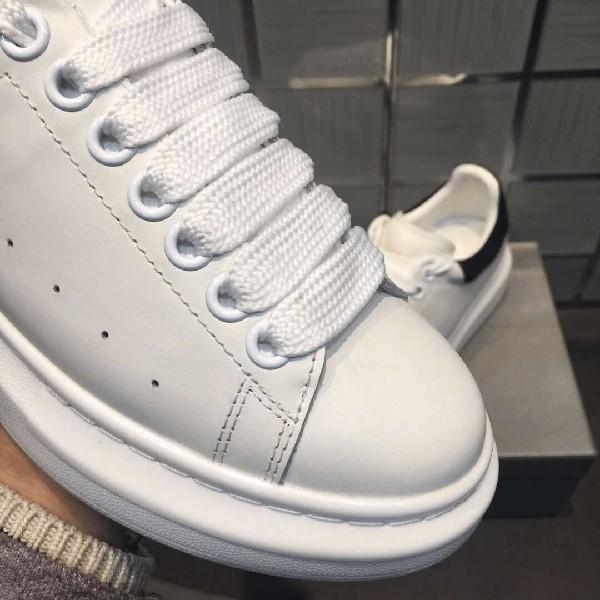 [Trả giá còn 10k khi mua kèm giày] Dây giày trắng bản to cho giày MCQ