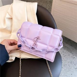 Túi đeo chéo thịnh hành phong cách Hàn Quốc thumbnail
