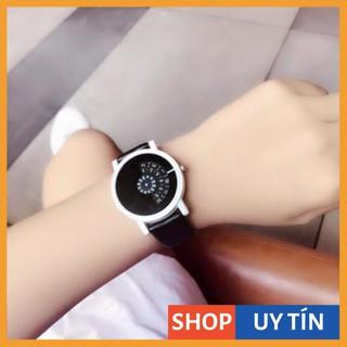 [Hàng Cao Cấp] Đồng hồ unisex Doukou dây da mặt số chạy dọc siêu hot thumbnail