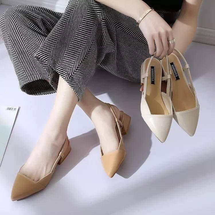 order giày quai 2 màu