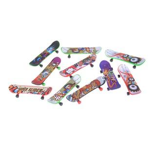 ★gentle 2Pcs Mini Finger Skateboard Fingerboard Kids Children Classic Game Toy