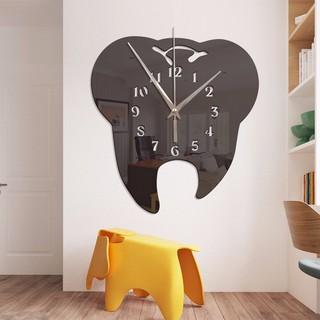 Đồng hồ treo tường hình bàn chải đánh răng màu đen sáng tạo