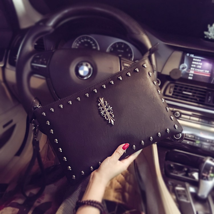 Túi ví clutch cầm tay sành điệu
