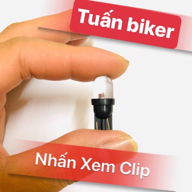 Đèn Led Xi Nhan Demi 7 Màu < Giá 1 đôi>