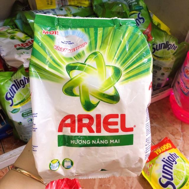 Bột Giặt Ariel Hương Nắng Mai 720G
