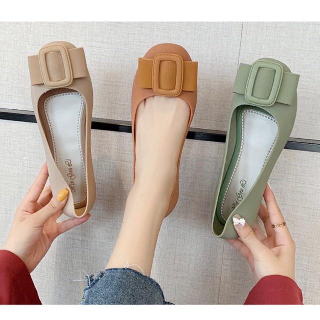 Giày Bệt Nơ Nhựa Chống Nƀ